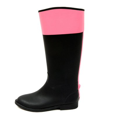 Black and Pink / Equestrian